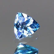 ok. 0,18ct/1szt. - TOPAZ NAT.- 3,5x3,5/2,3mm trilion