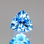 ok. 0,64ct/1szt. - TOPAZ NAT.- 5,07x5,15/3,49mm trilion