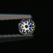 0,08 ct ~ d2,8mm ~ diament biały, szlif okrągły brylantowy ~ barwa GH ~ czystość SI