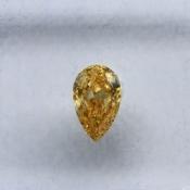 0,28 ct ~ 5.88 x 3.66 x 1.95 mm ~ diament barwny, szlif gruszka brylantowy ~ barwa żółty - fancy intense orange -yellow natural ~ czystość VS2